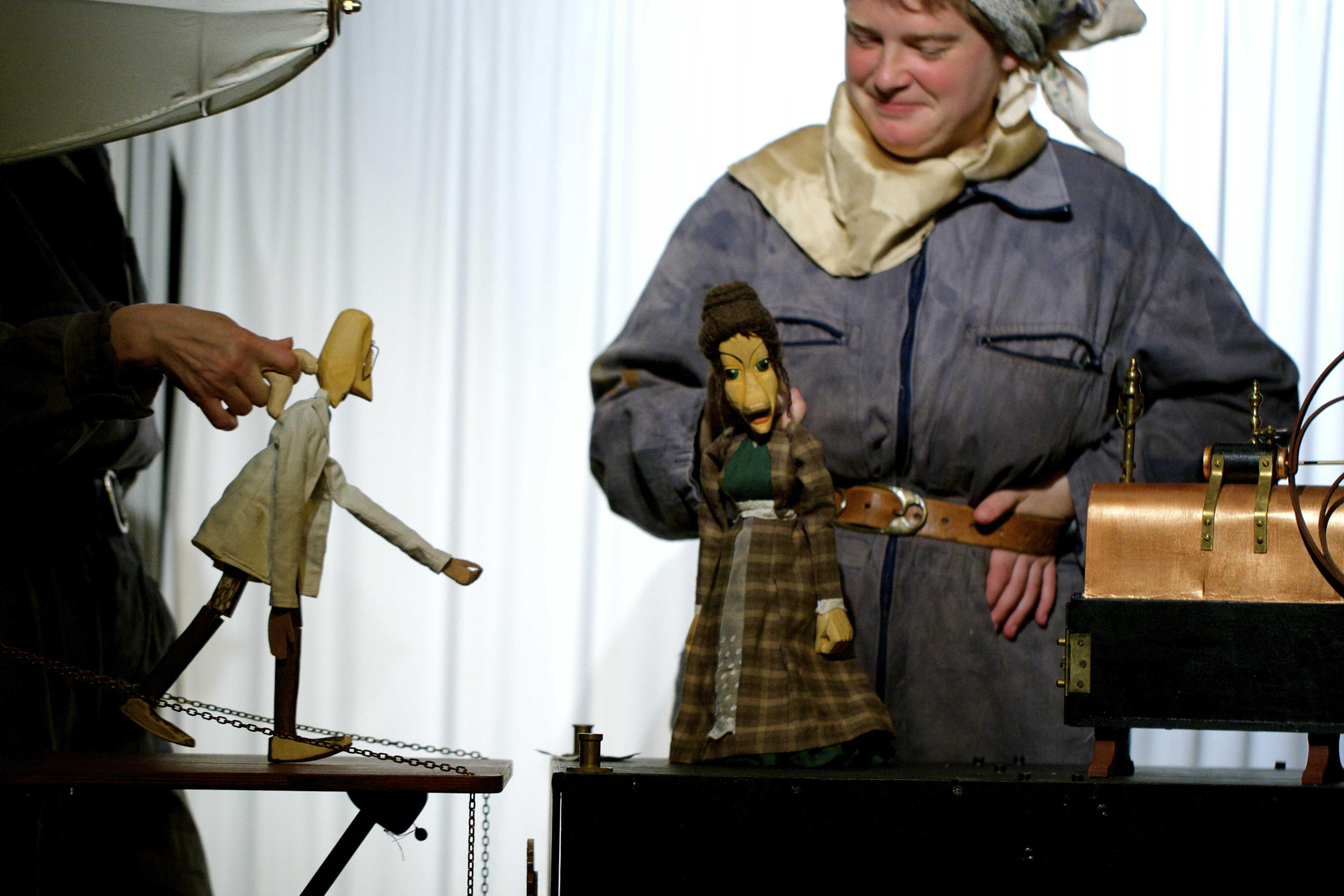 """Tidsrums teaterudgave af Karin Tidbecks novelle """"Beatrice"""". Foto: Charlotte Frantzdatter"""